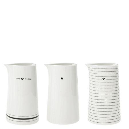 Jug small White Love/Stripes/Heart Ass (3x4pieces)